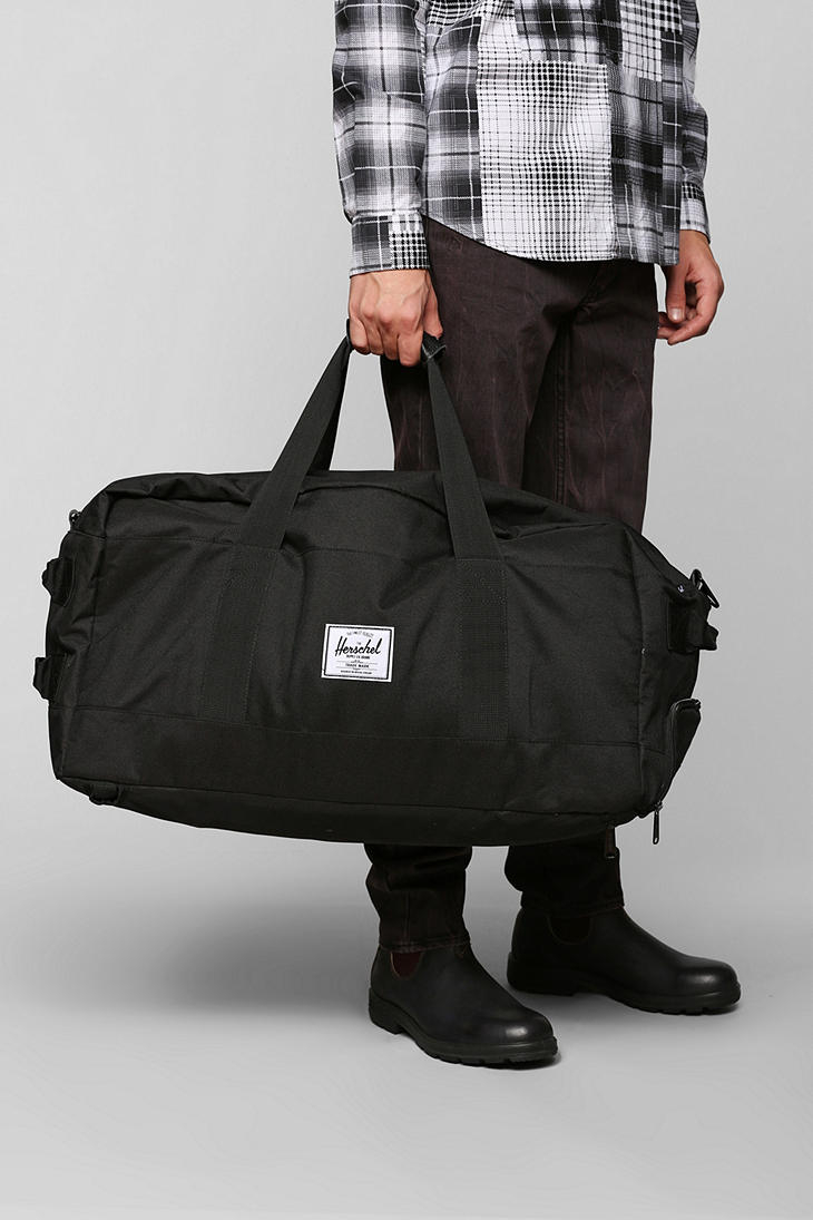 9c71937fc4dd Lyst - Urban Outfitters Herschel Supply Co Outfitter Duffel Bag in ...