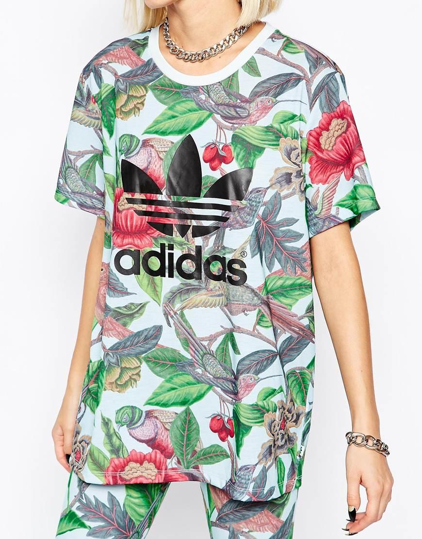finest selection 9a4bb db35a Lyst - adidas Originals Florera Leaf Print Trefoil Logo T-shirt