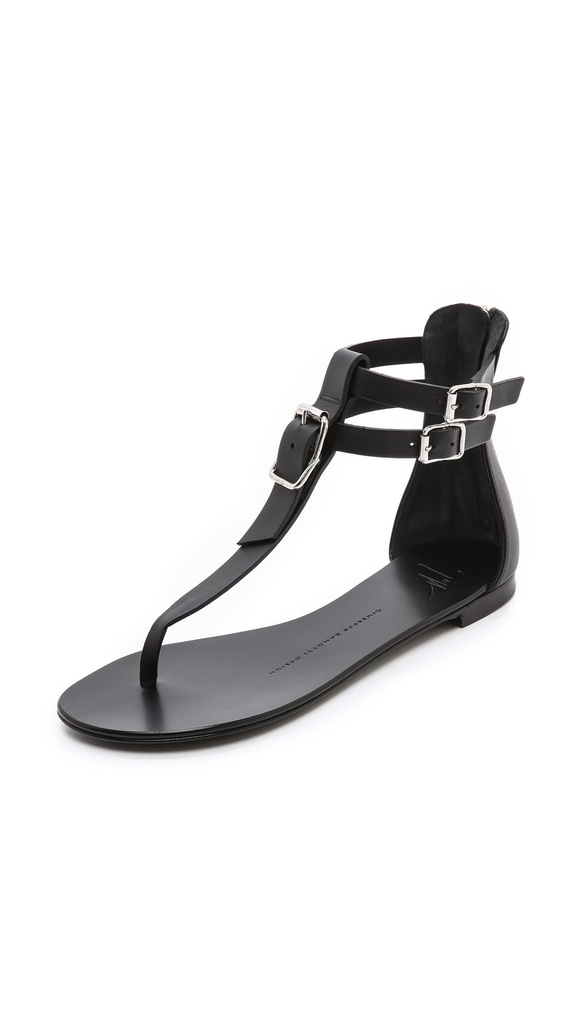 Giuseppe Zanotti Flat T Strap Sandals In Black | Lyst