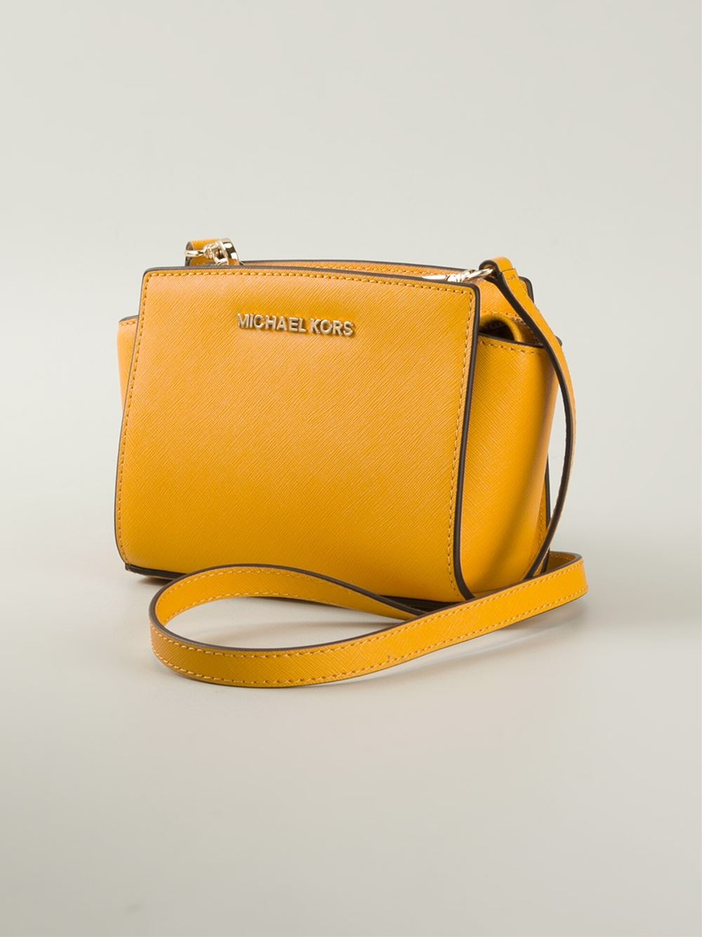 cc6fb7fef557 Gallery. Previously sold at: Farfetch · Women's Michael By Michael Kors  Selma