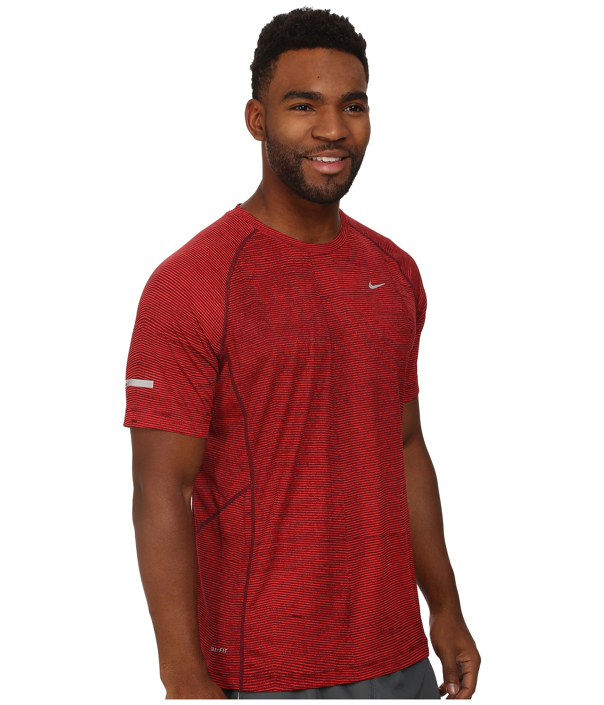 f87773f4 Nike Printed Miler Short Sleeve in Red for Men - Lyst