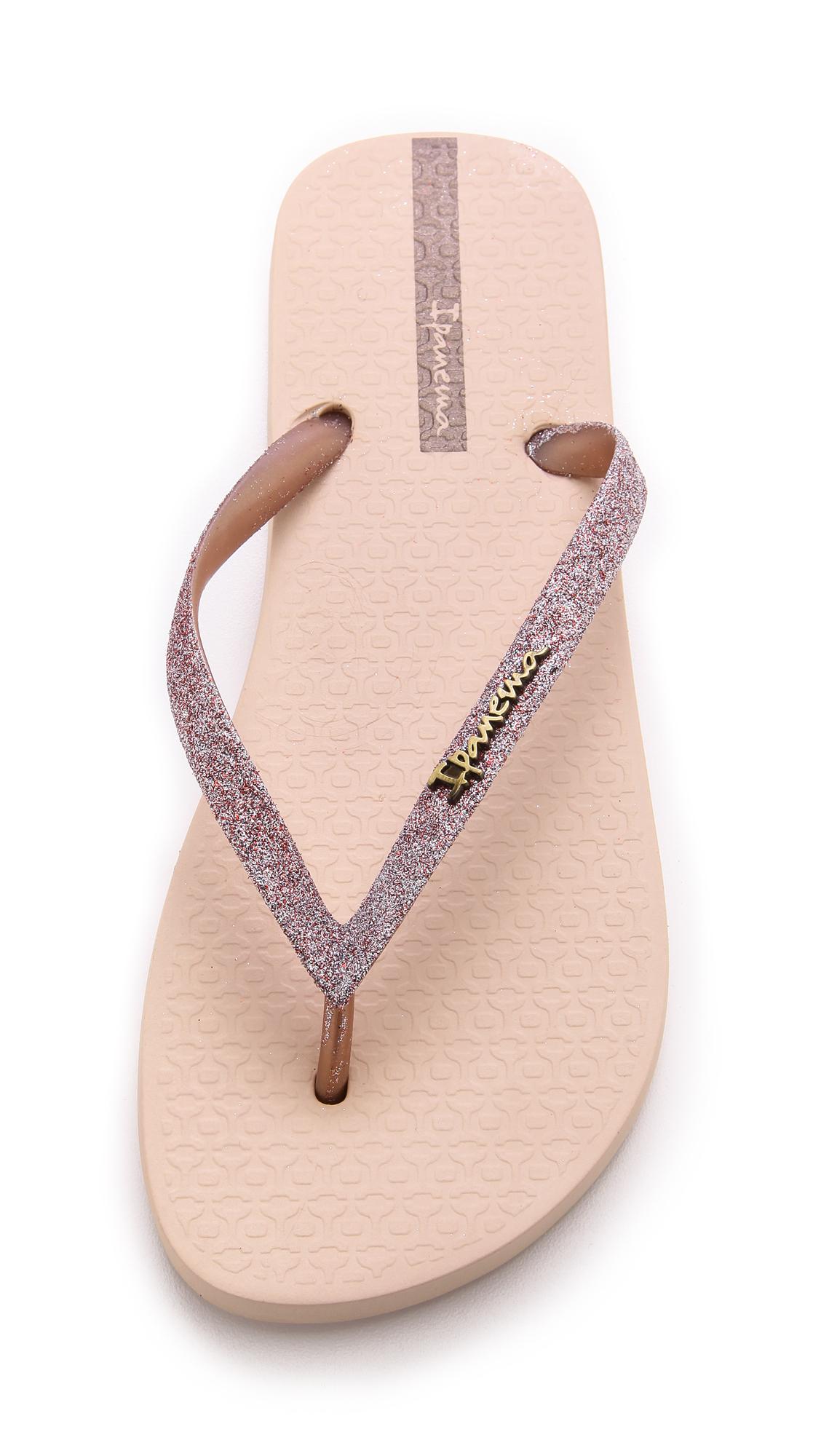 71b83ada22a143 Lyst - Ipanema Glitter Ii Flip Flops - Silver in Pink