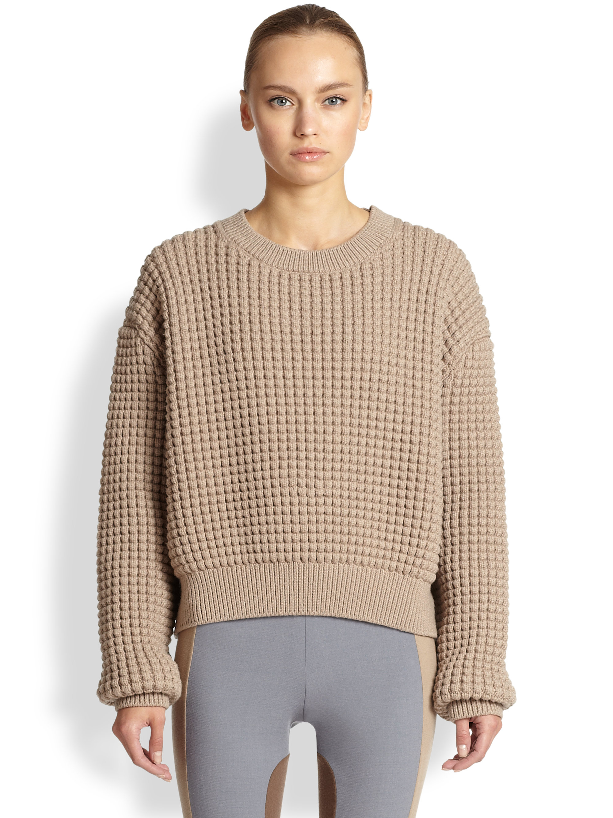 Marc jacobs Cropped Chunky-Knit Pullover in Gray | Lyst