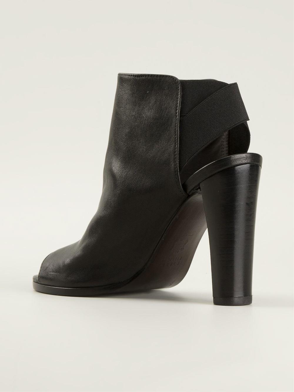 Lyst Stuart Weitzman Peep Toe Chunky Heel Sandals In Black