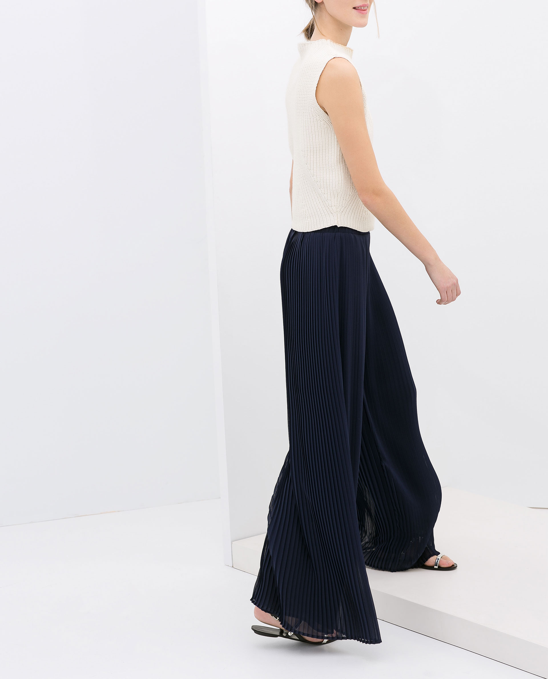 Zara Wide Pleated Trousers in Blue | Lyst