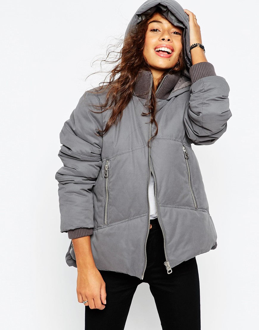 ASOS Jackets for Women Are you looking for that special item? Have you fallen in love with any of the Jackets from ASOS? Our catalogue has several hundreds of items of clothing and accessories of all stripes, you will without a doubt find the product that you want here.