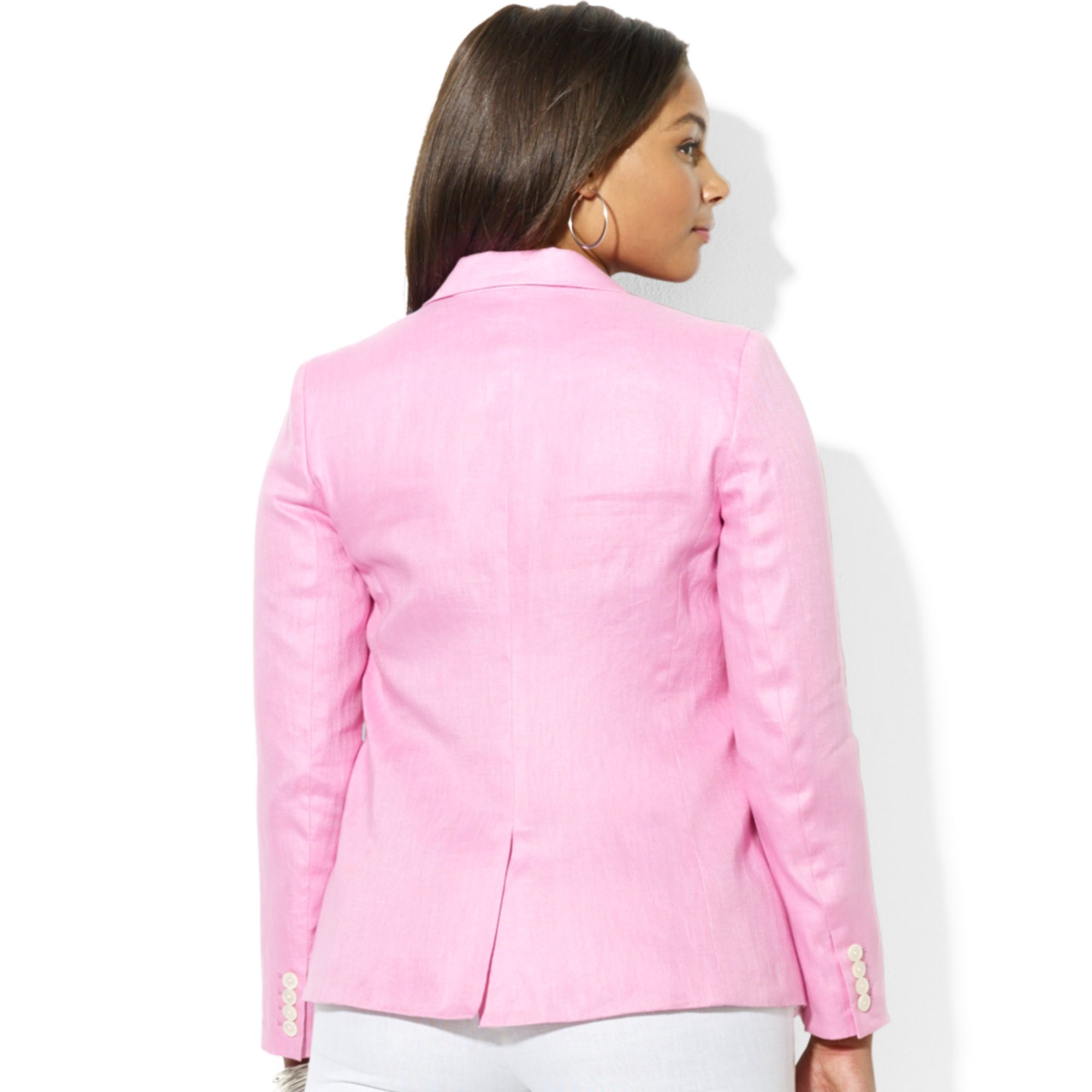 Shopping Resources for Plus-Size Blazers, Jackets & Vests. One of the most popular and in-demand items, plus-size blazers and jackets are available at a wide range of retailers on the internet. Inventories in plus-sizes are often deeper on-line than in many brick-and-mortar locations.
