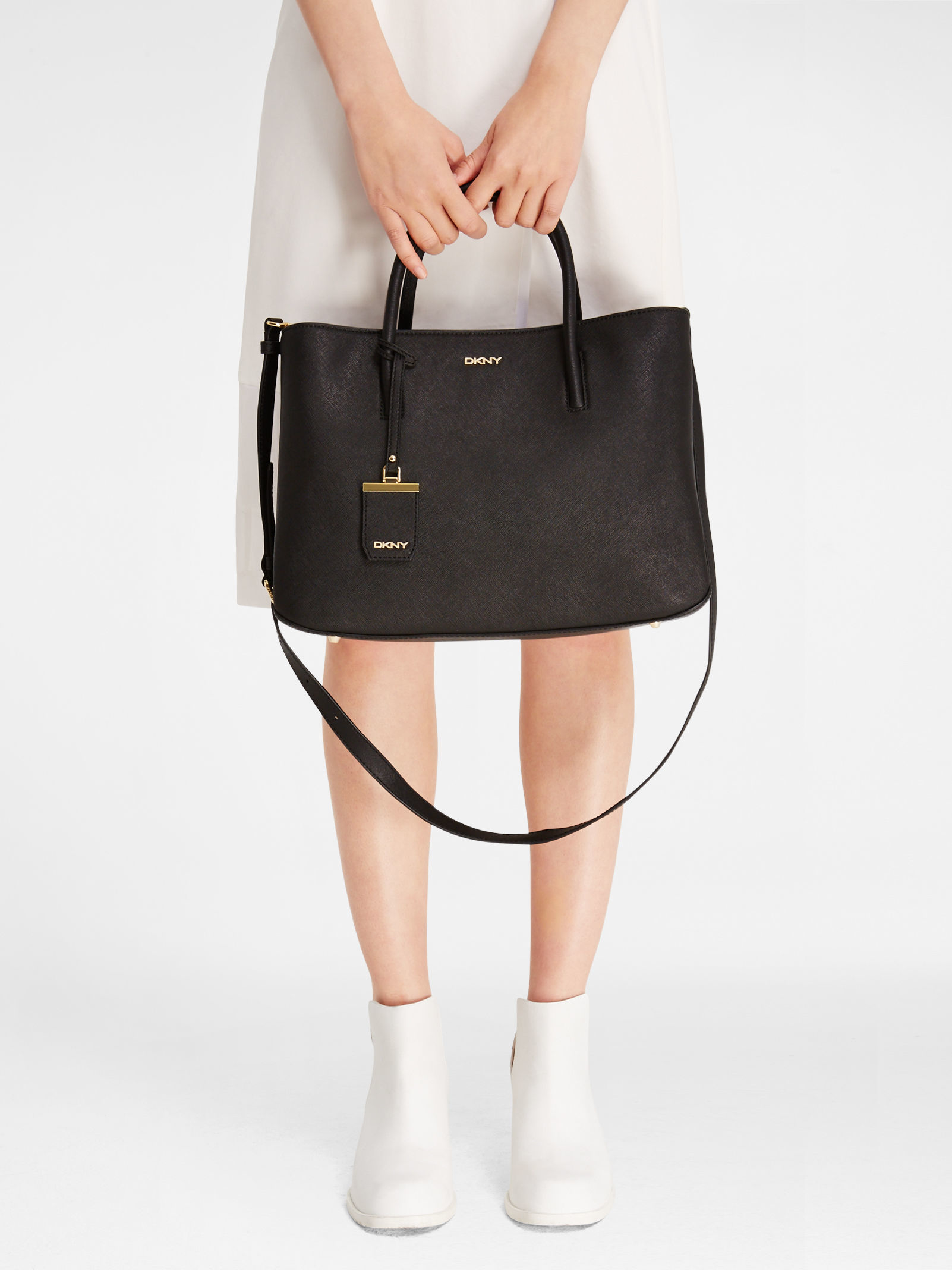 Lyst - DKNY Saffiano City Zip Shopper in Black 5d98ece7945db
