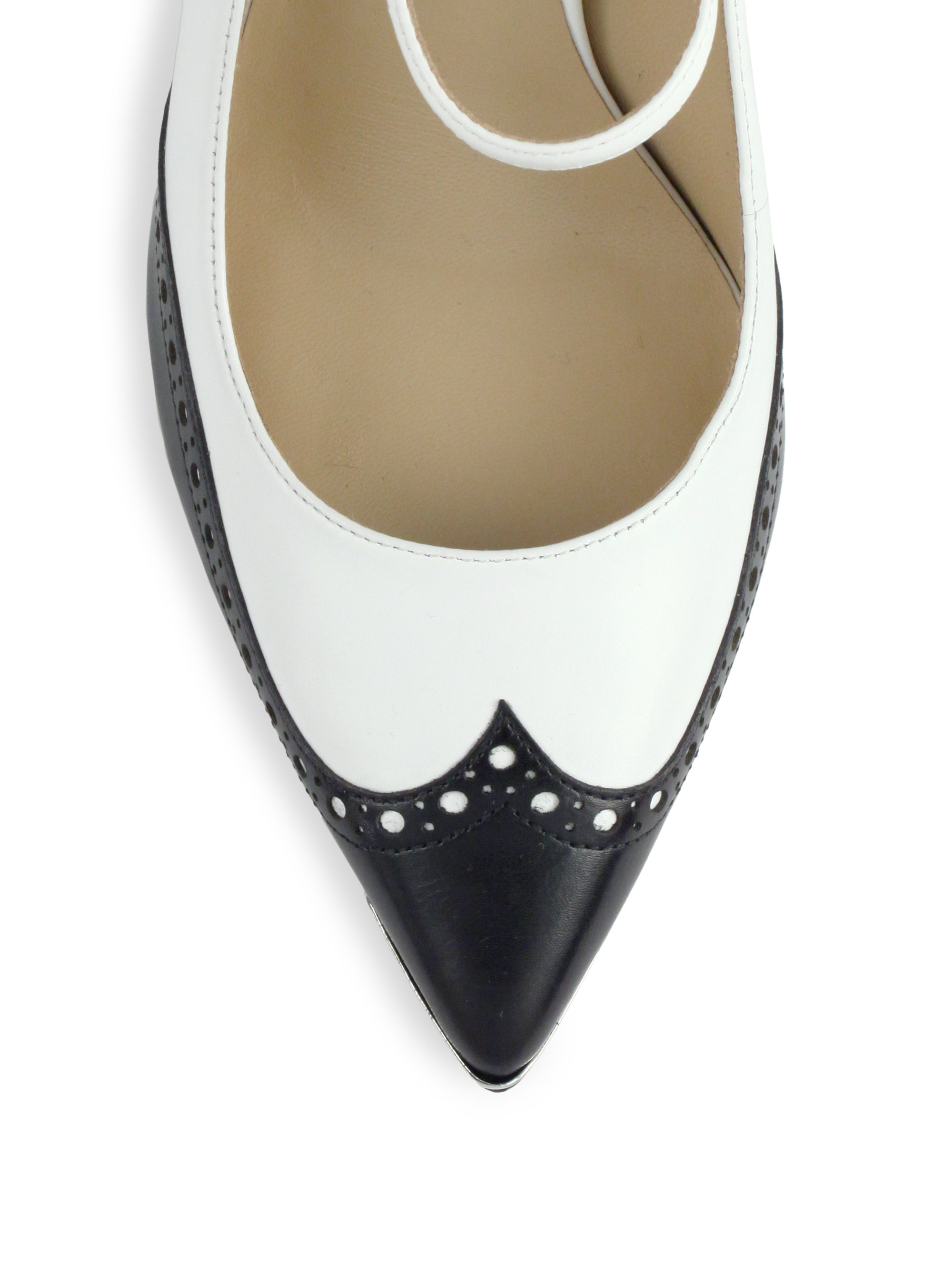 Saks Shoes In Black And White Pump
