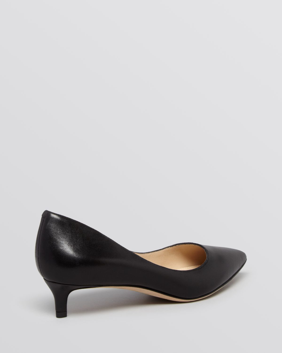 Via spiga Pointed Toe Pumps - Hue Kitten Heel in Black | Lyst