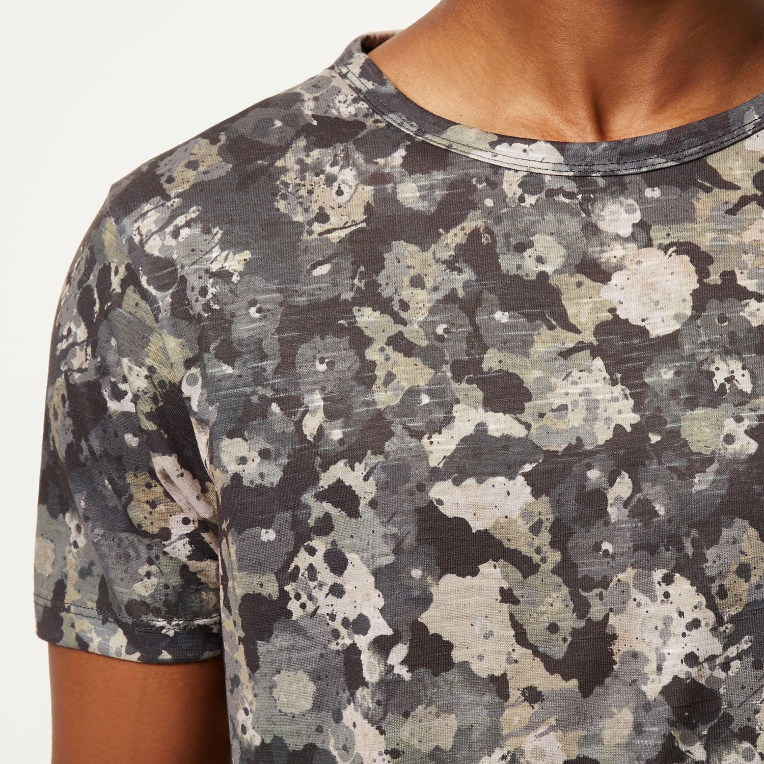 River island grey camo floral print t shirt in gray for for Camo print t shirt
