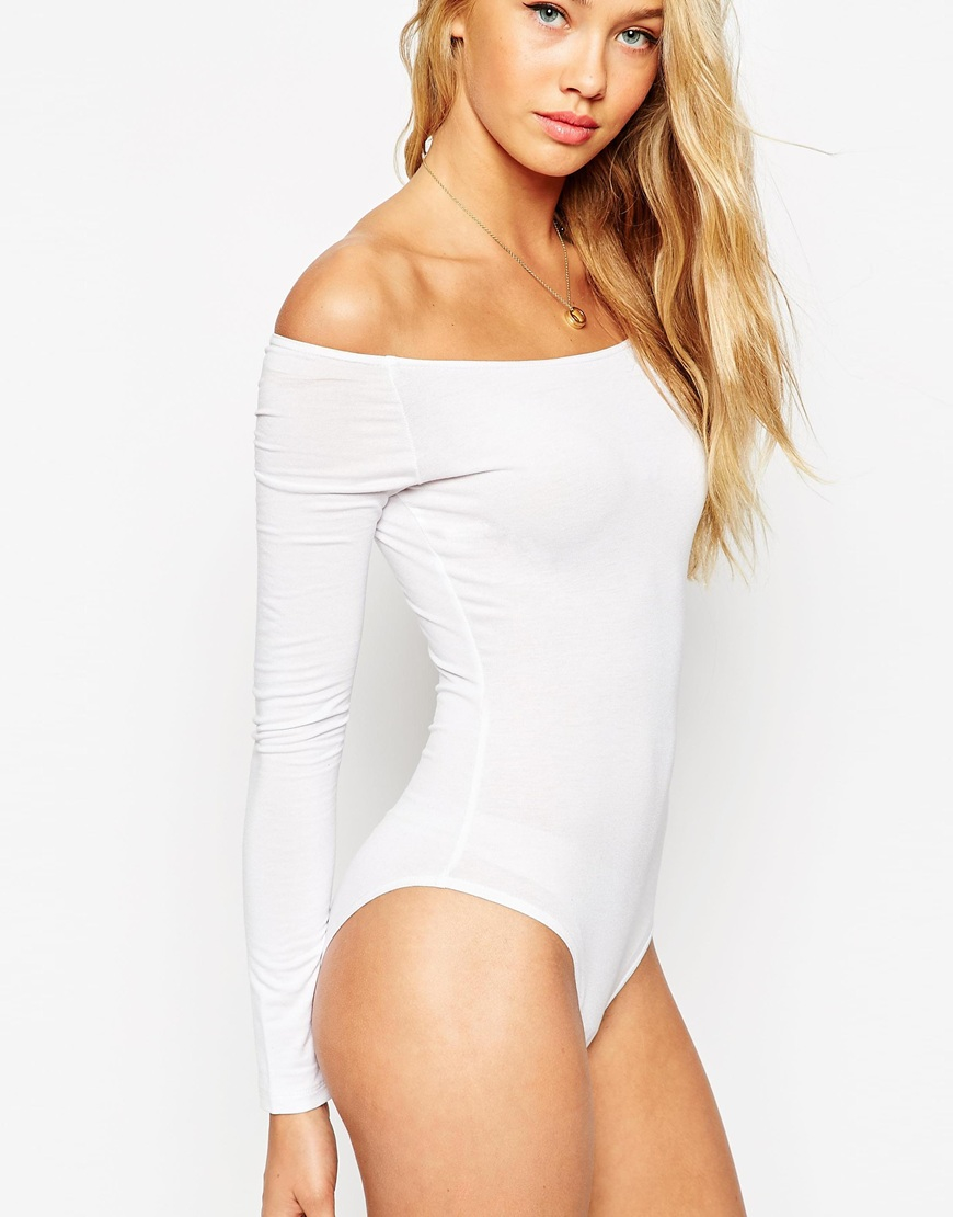 f5ea6b7cd8 ASOS The Off Shoulder Body With Long Sleeves in White - Lyst