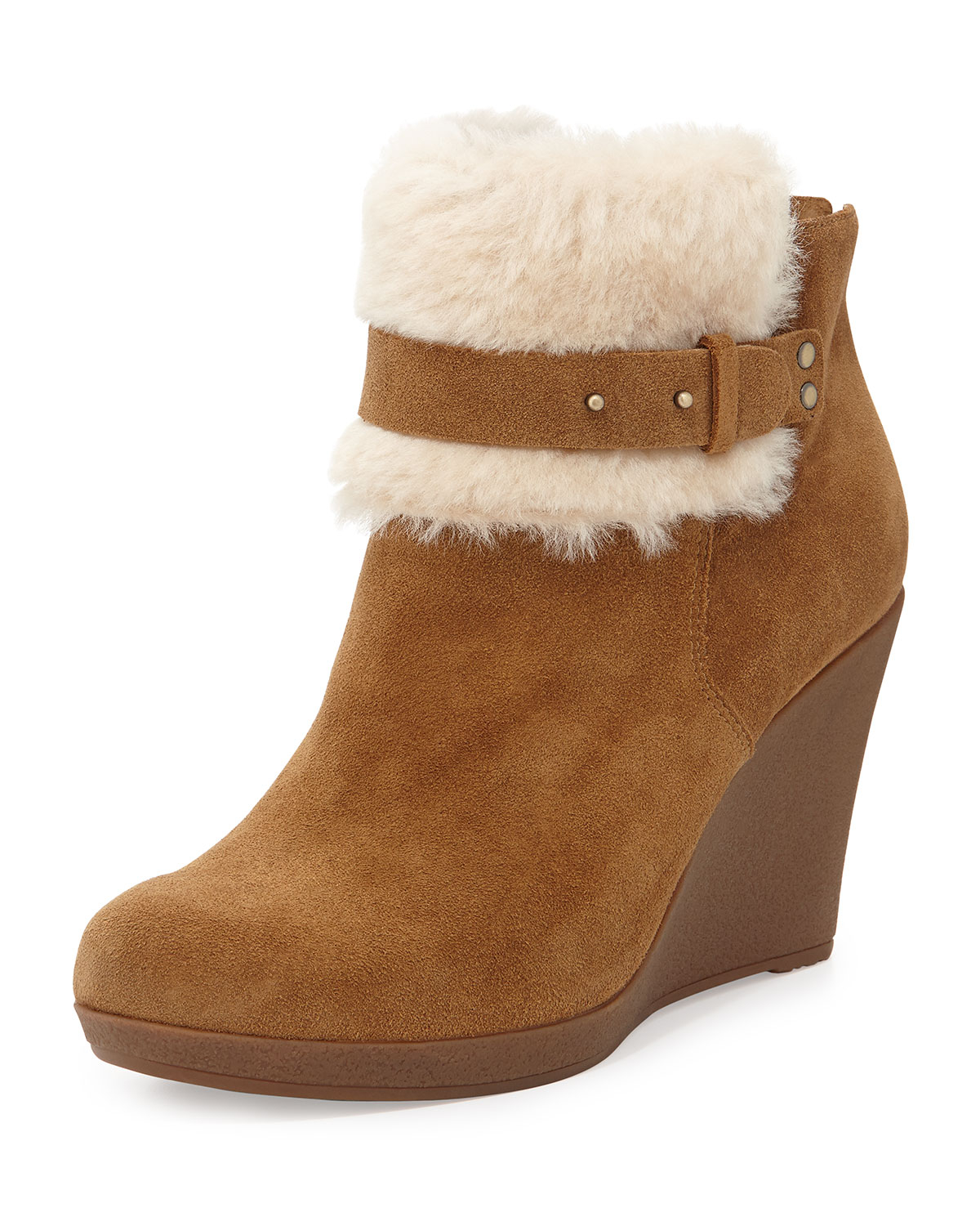 Australian Leather manufacturer Ugg Boots as well as Leather and Sheepskin products that are % Australian Made. We have the largest range of ugg boots available online including ugg boots for women, ugg boots for men, ugg boots for kids and even baby uggs!