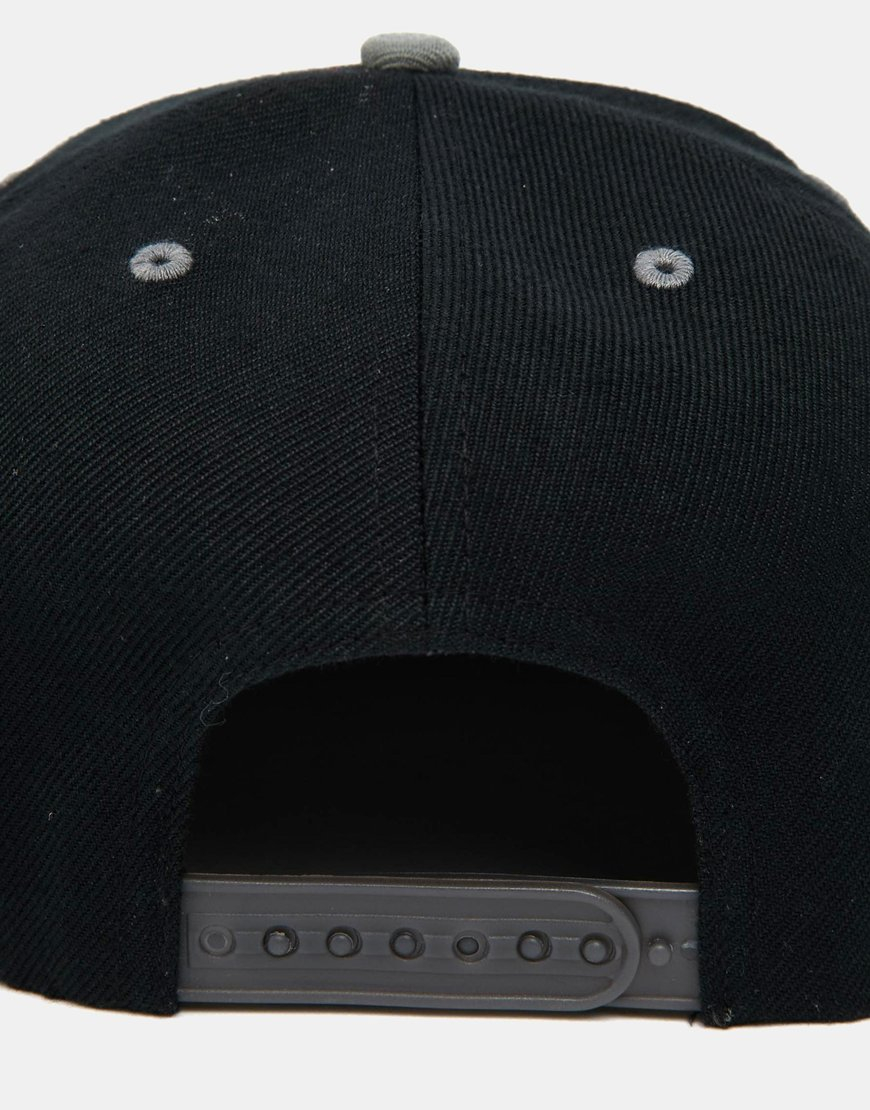 624ae717106 Lyst - New Balance Courtside Snapback Cap in Black for Men
