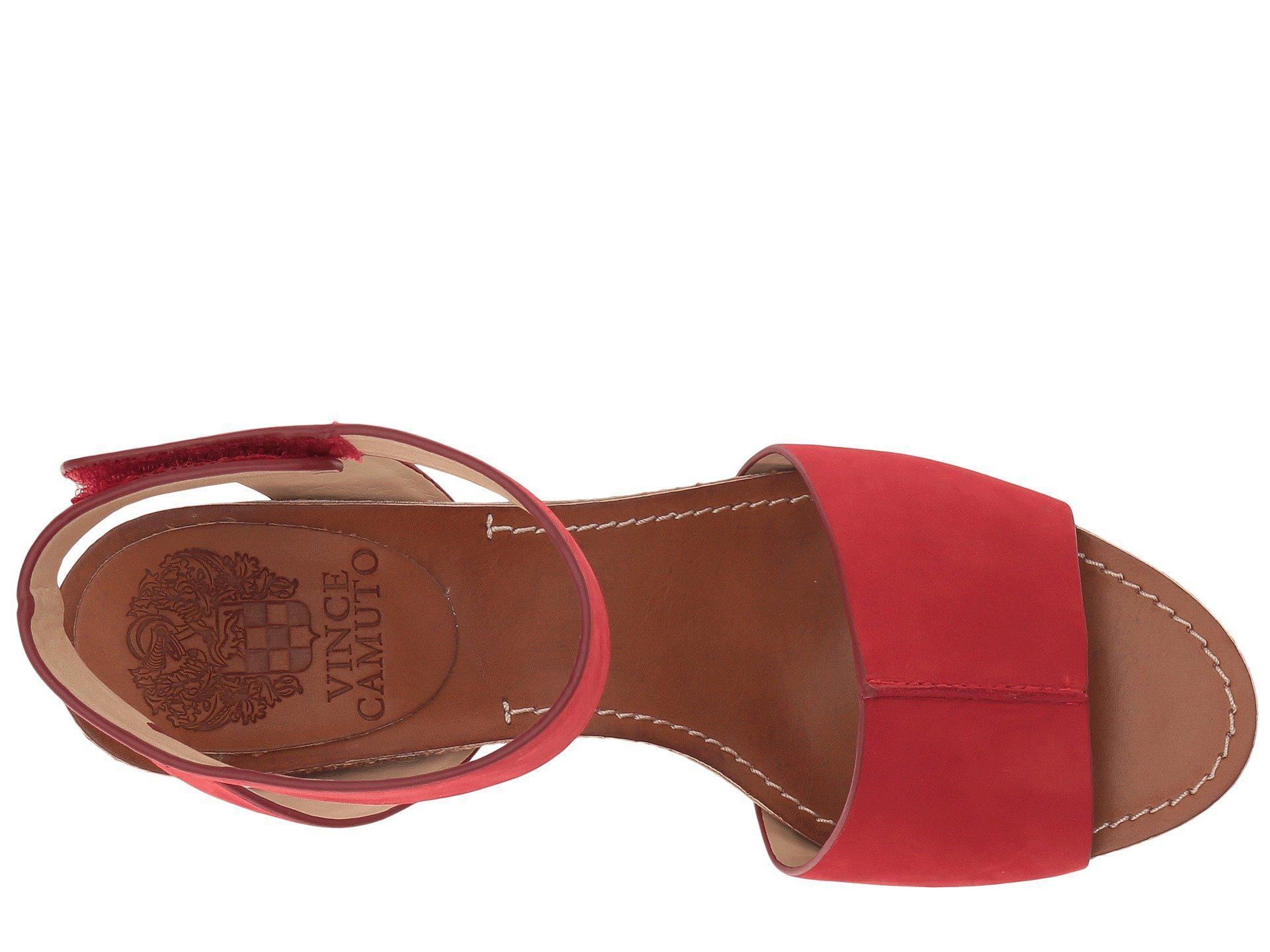 4357ca3776d Lyst - Vince Camuto Odela in Red