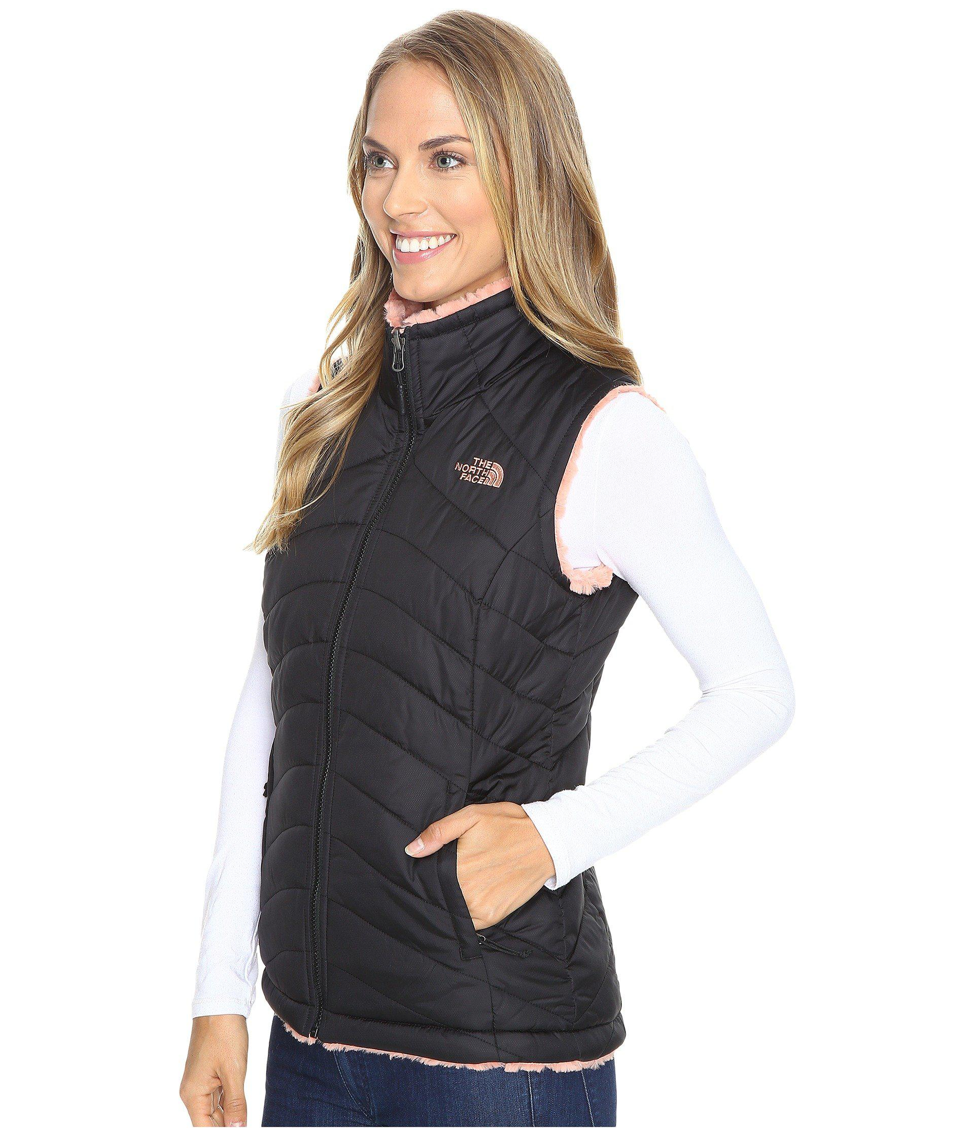 6ab0d35bc252 ... Lyst - The North Face Mossbud Swirl Reversible Vest in Black The North  Face Womens ...