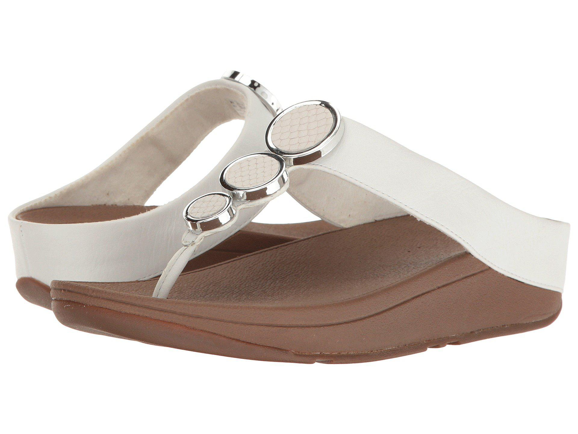 ba2c86cd29cccb Lyst - Fitflop Halo Toe Thong Sandals