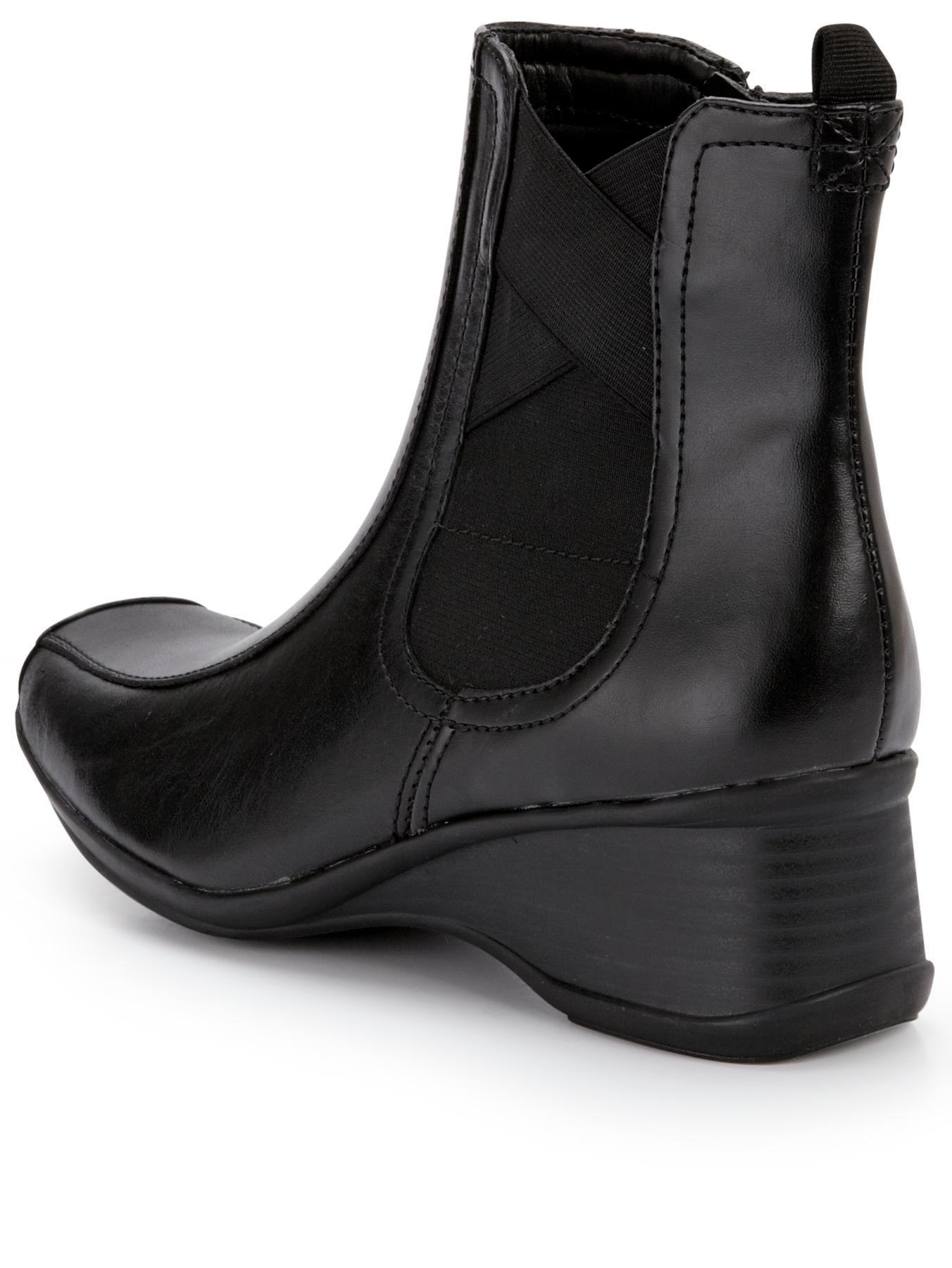 clarks clarks lisbon sky wedge ankle boots in black black