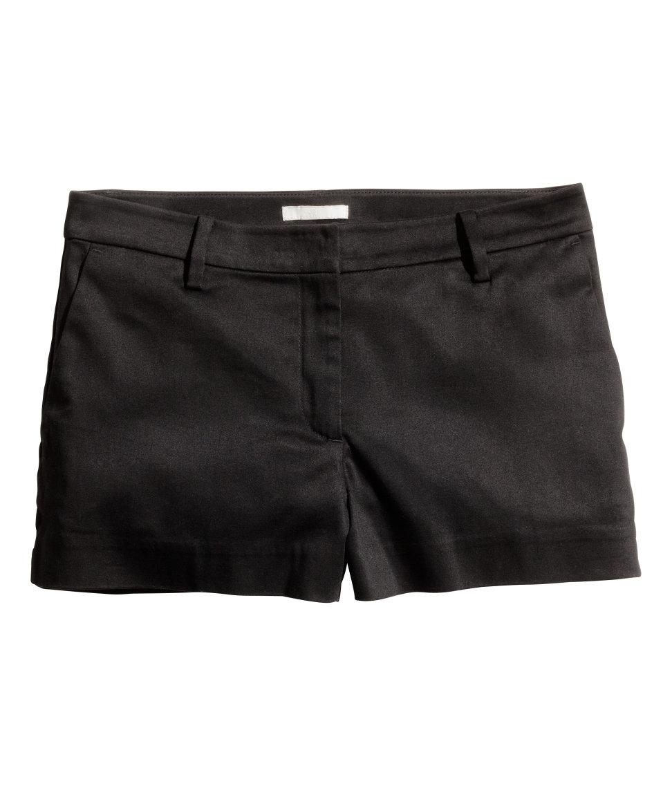 Hu0026m Shorts In Cotton Satin In Black | Lyst
