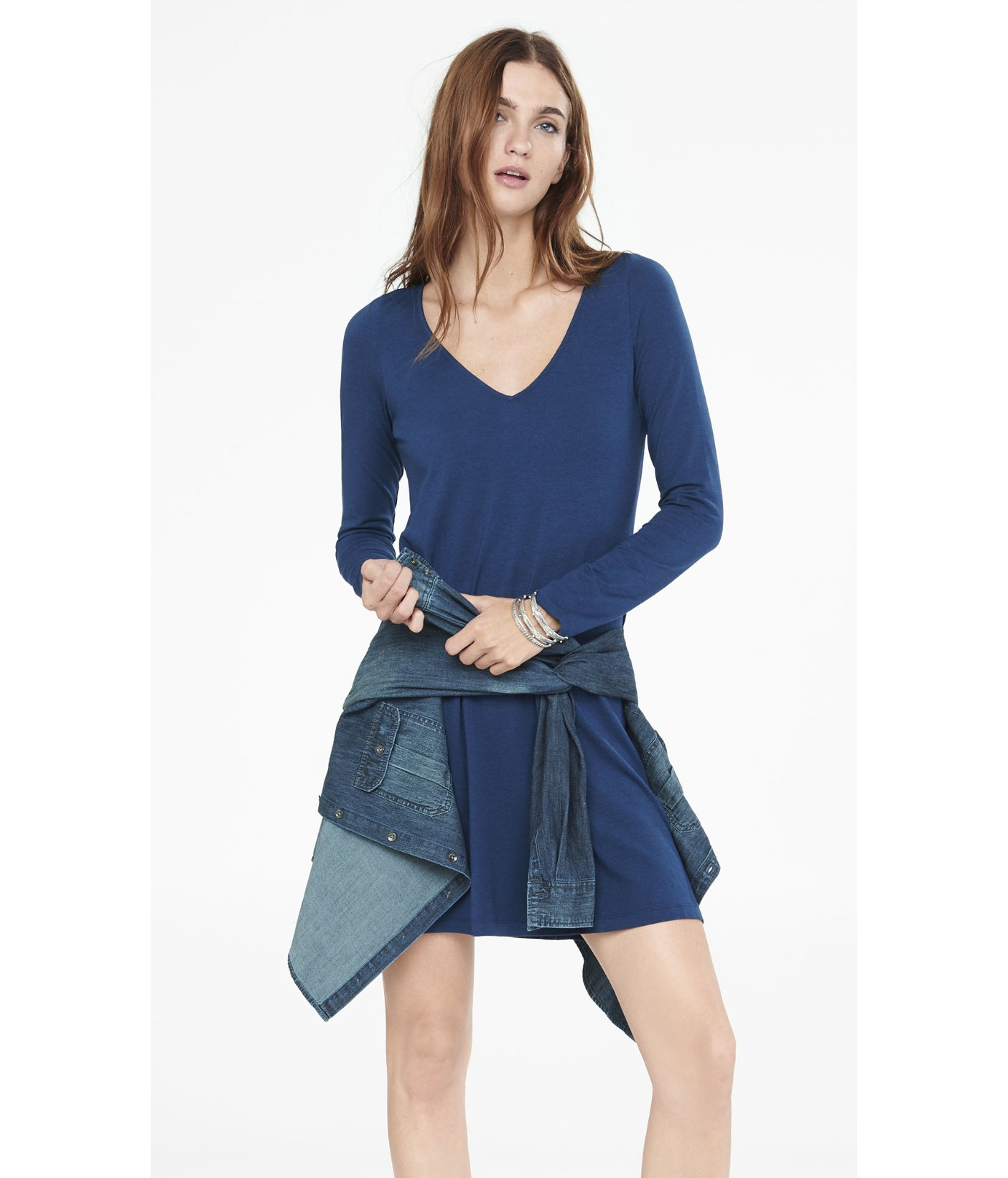 24713c797b5 Express Blue Long Sleeve V-neck Trapeze Dress in Blue - Lyst