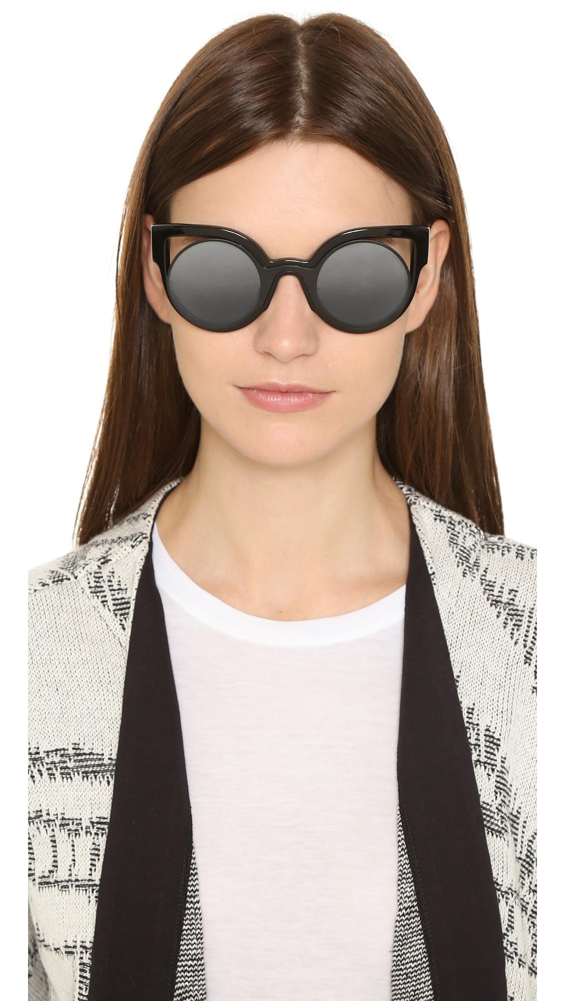 30881942ab6a Fendi Round Cutout Sunglasses in Black - Lyst
