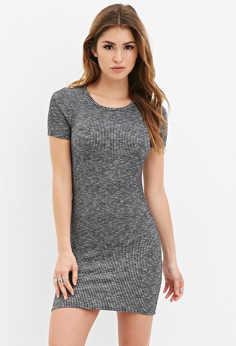Drop off knitted bodycon mini dress the style