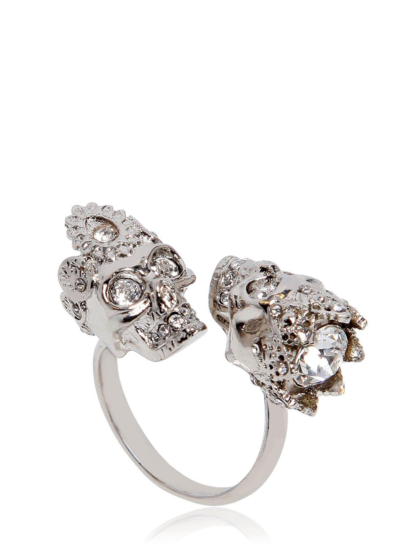 Alexander Mcqueen Queen Amp King Skulls Ring In Metallic Lyst
