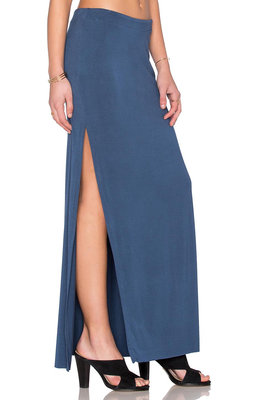 luxx side split maxi skirt in blue washed indigo