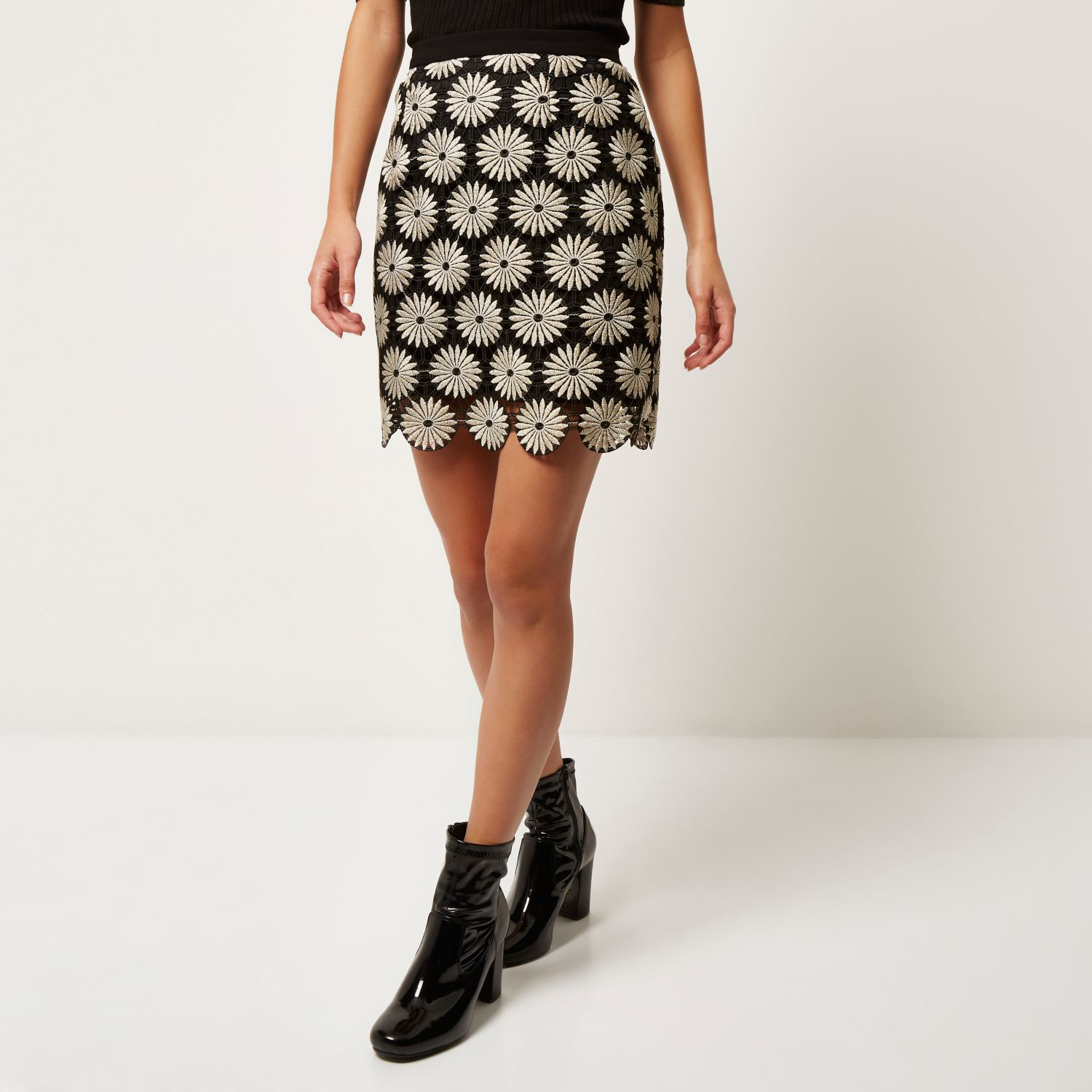 River island Black Lace Flower Mini Skirt in Black | Lyst