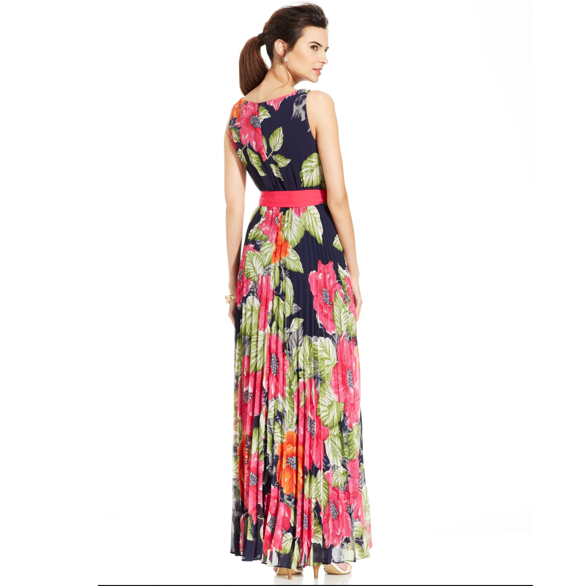 Lyst Eliza J Sleeveless Floral Pleated Maxi Dress In Red