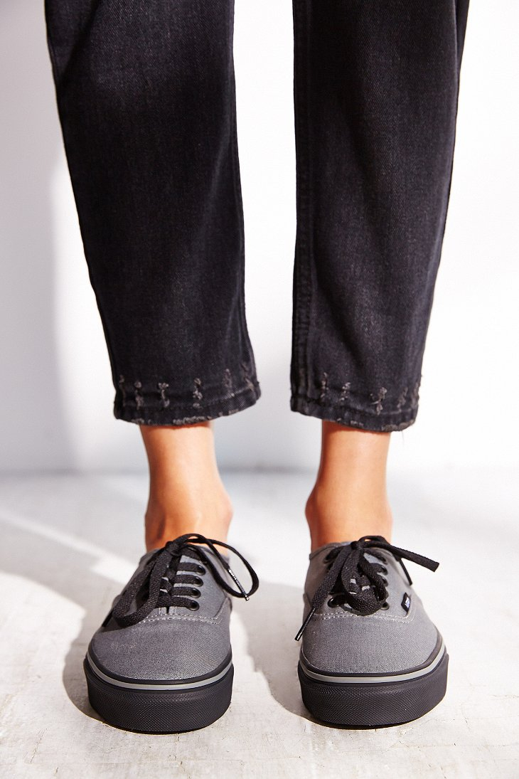 black vans authentic womens