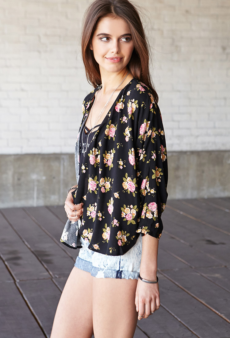 Forever 21 Enchanted Rose Cropped Kimono in Pink | Lyst