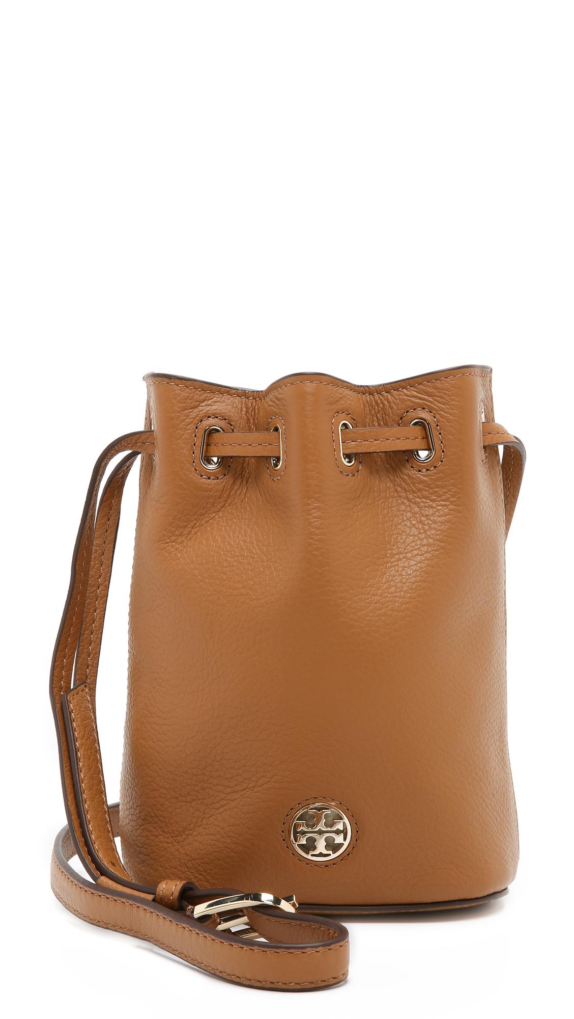 48f3913e1bad Tory Burch Brody Mini Bucket Bag - Bark in Brown - Lyst