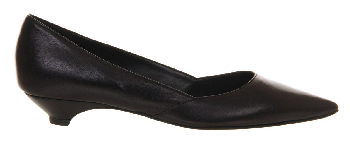 office krumbs low heel court shoes in black black leather