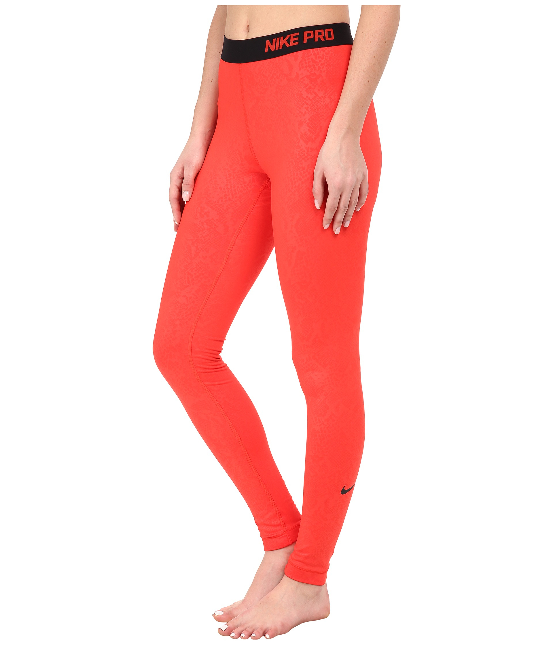 9dbebbfdbf065 Nike Pro Warm Embossed Vixen Tights in Red - Lyst