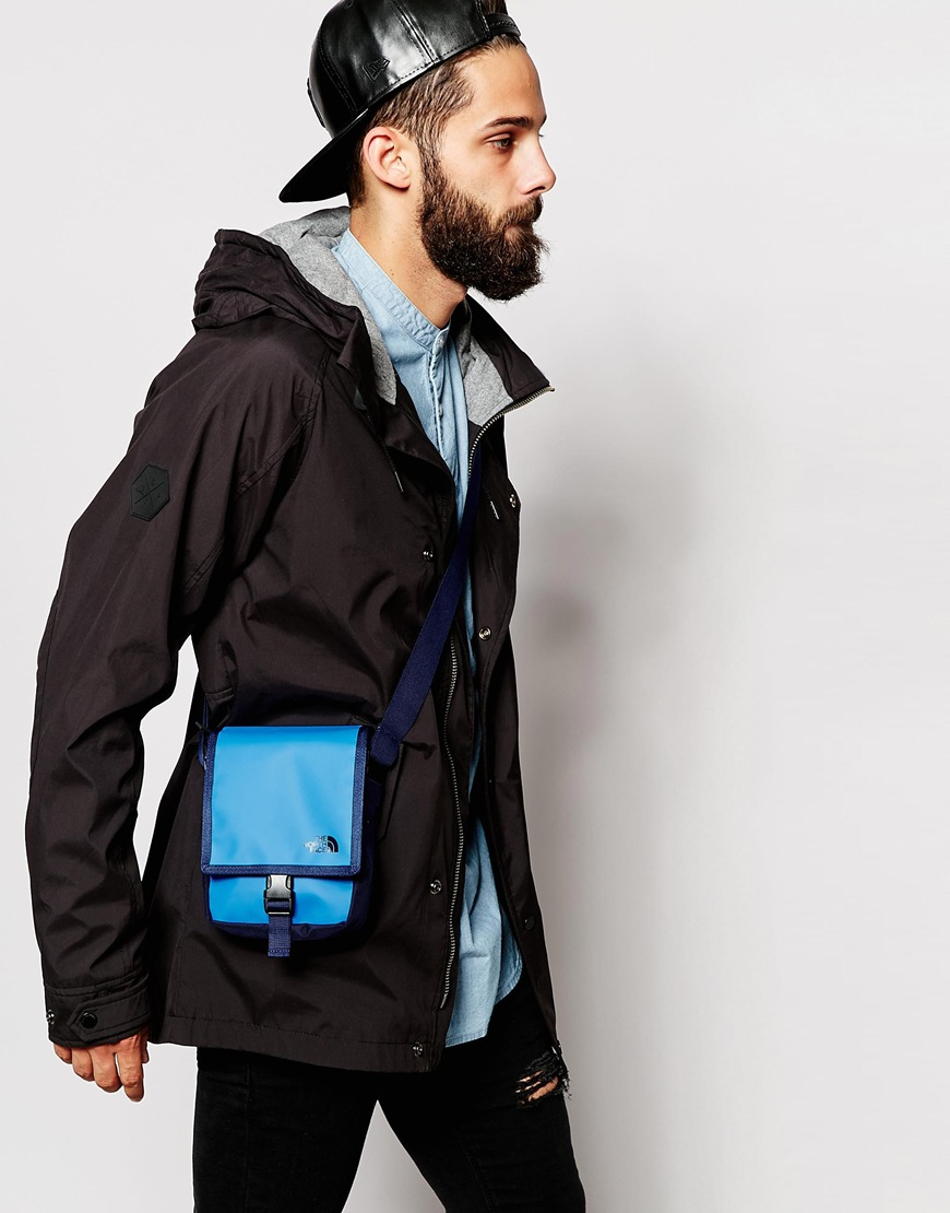 North Face Bardu Schoudertas : The north face bardu flight bag in blue for men lyst