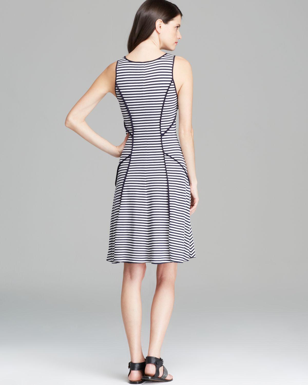 Lyst - Karen Kane Contrast Binding Stripe Dress in Blue