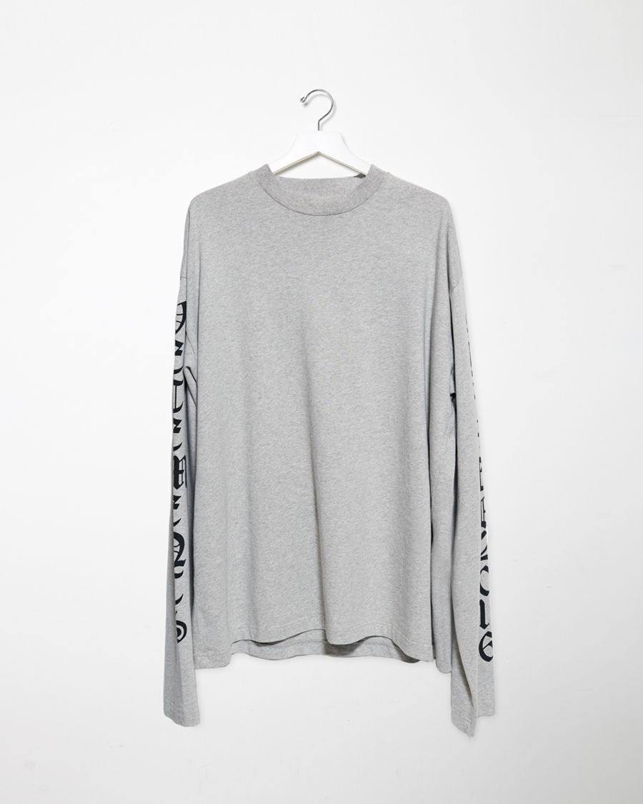 Lyst vetements printed long sleeved t shirt in gray for Long sleeve t shirt printing