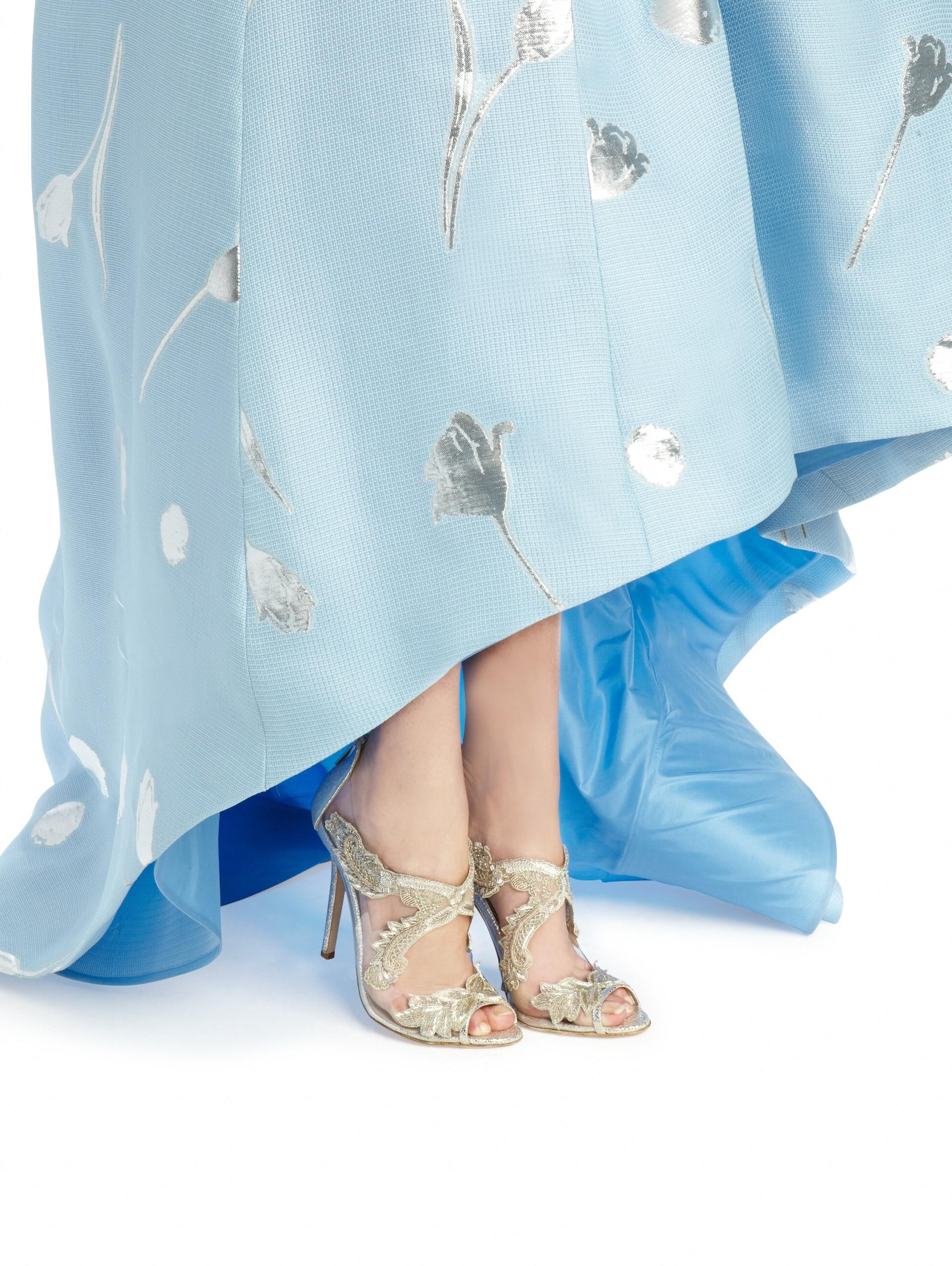 Oscar de la Renta Ambria Embroidered Metallic Peep Toe Sandals G8DSscDI