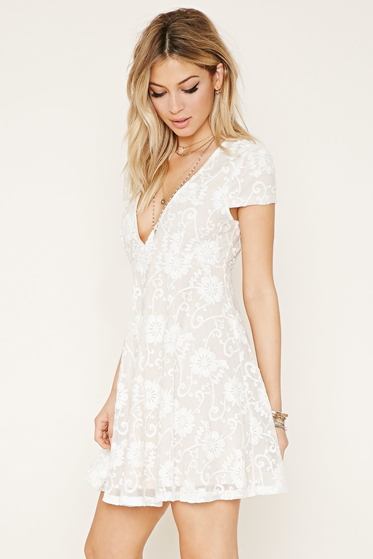 Forever 21 Lace Babydoll Dress in White | Lyst