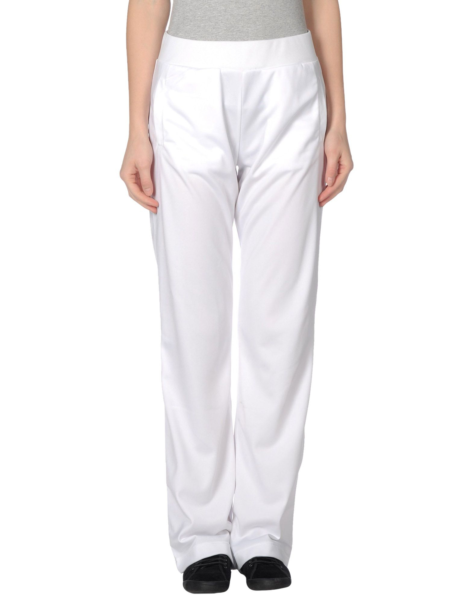 Women's Jogger Pants Every on-trend wardrobe needs a pair of Women's Joggers from Kohl's. Kohl's has all the popular active brands of leggings, like womens Nike jogger pants and womens Under Armour Jogger Pants.