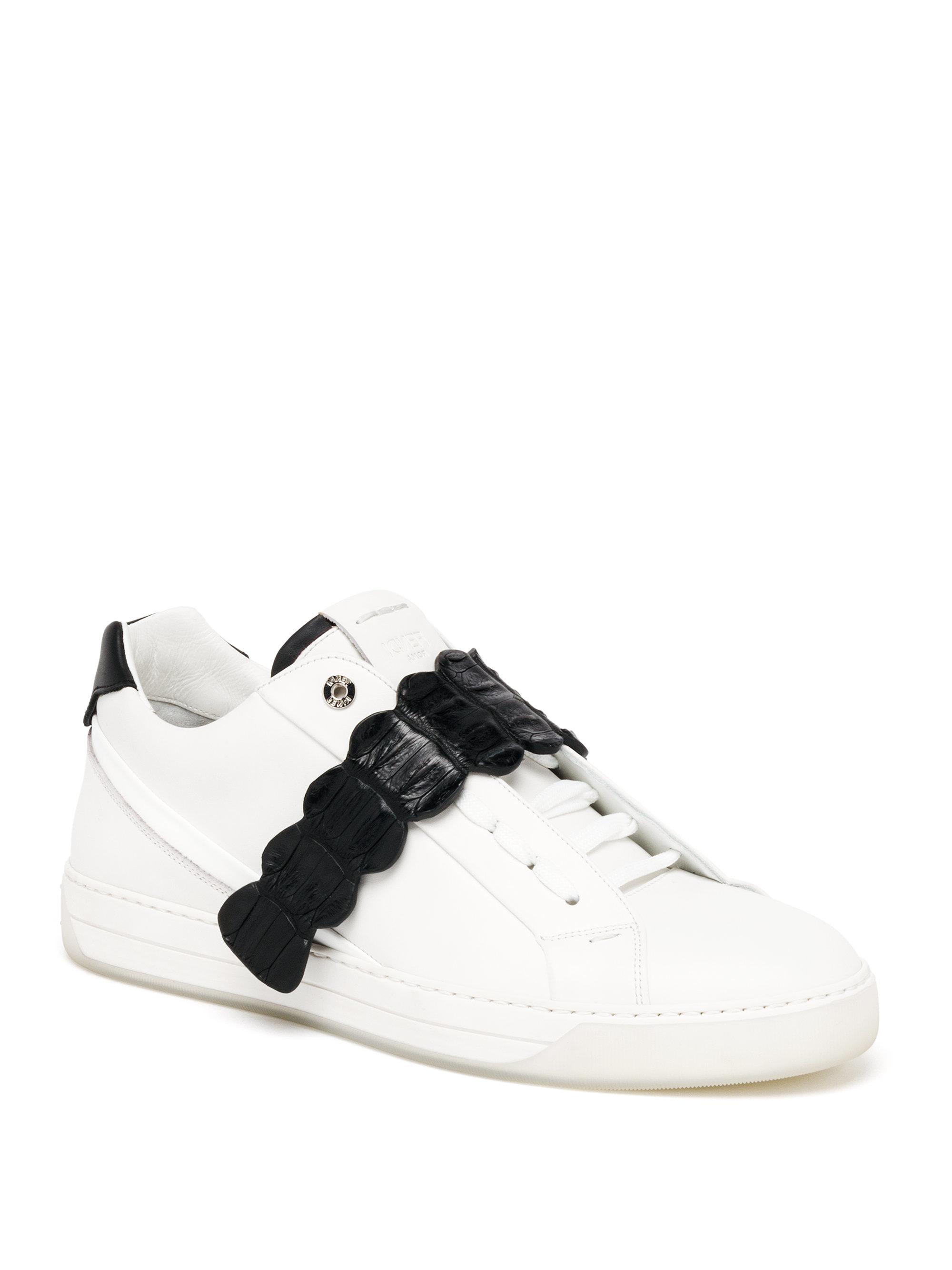 Fendi Textured Leather Sneakers ZWlsE