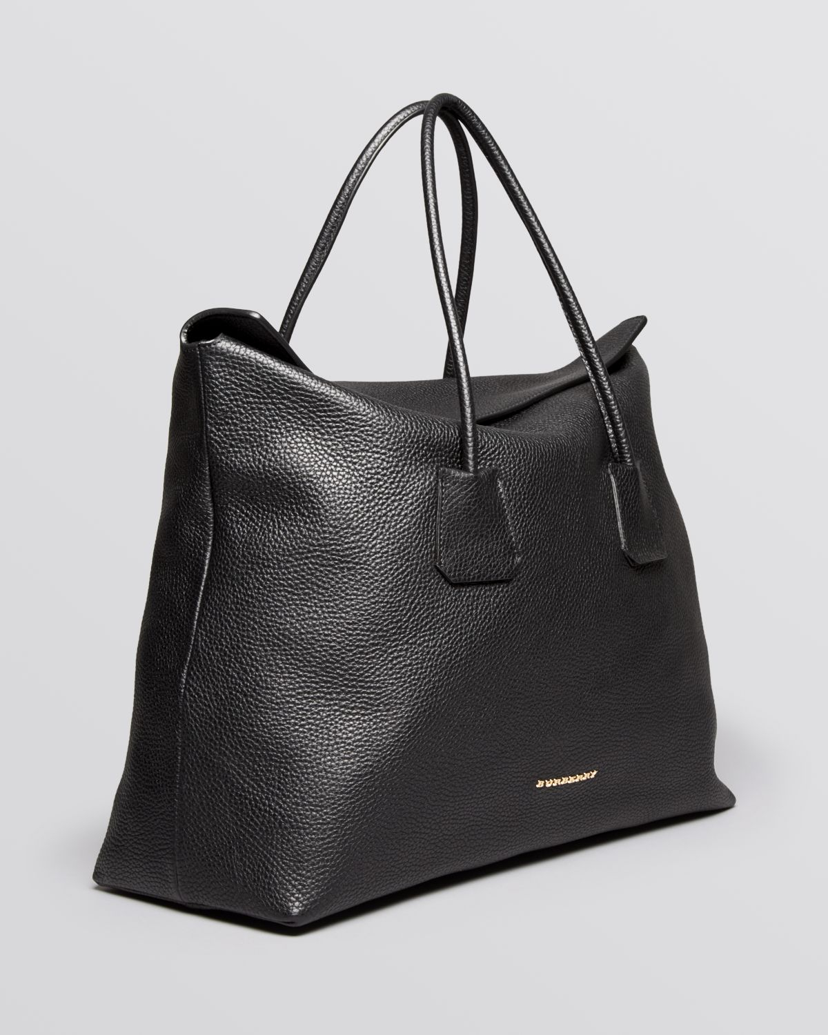 39ee10310c Burberry Tote London Grainy Leather Large Baynard in Black - Lyst