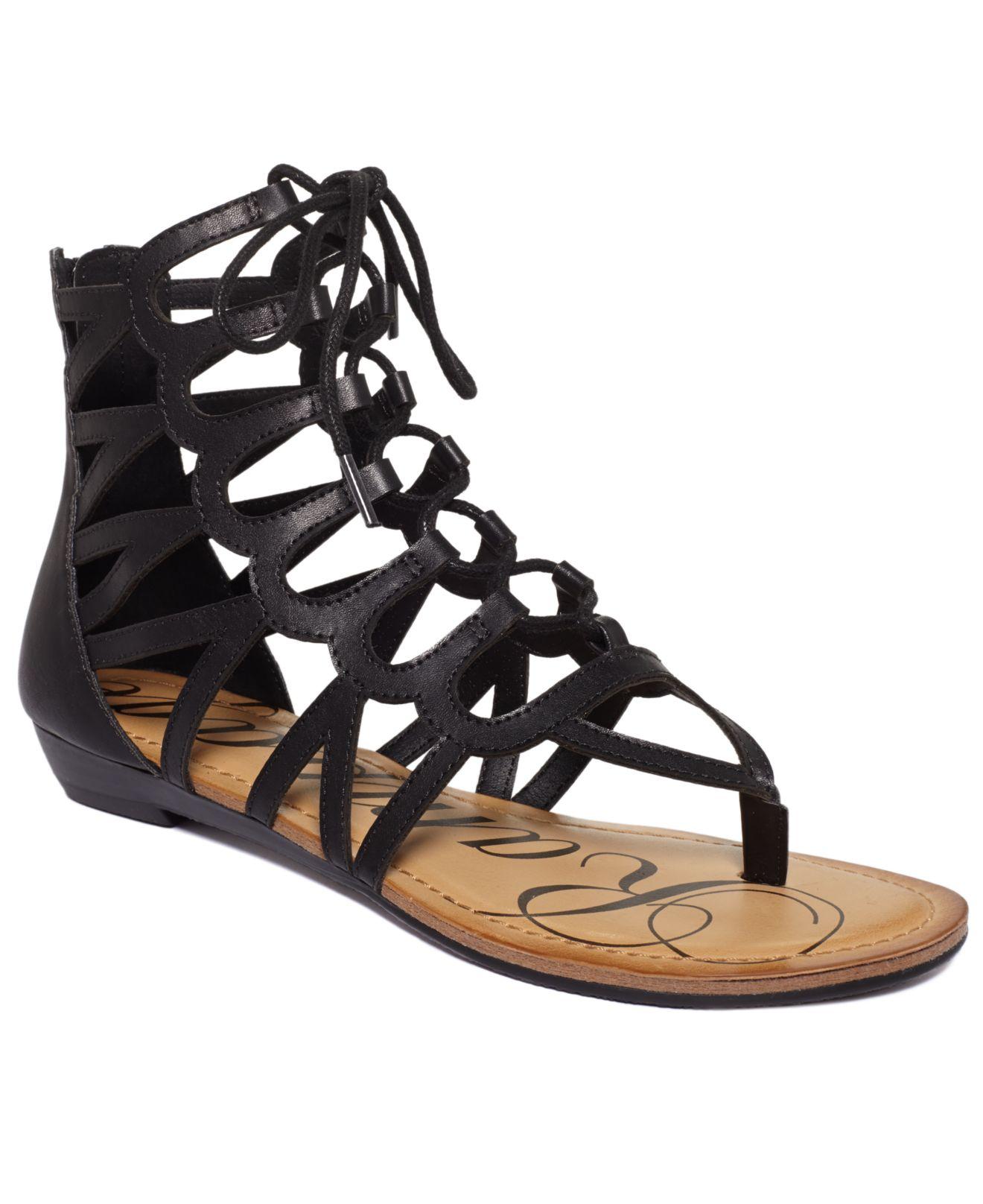 Black sandals juniors - Gallery
