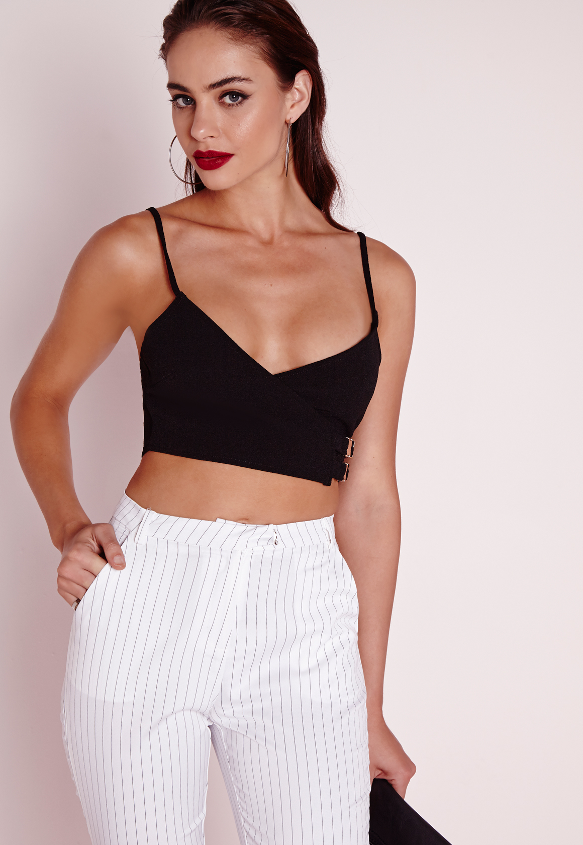 2a7efa92bf6 Lyst - Missguided Buckle Detail Crop Top Black in Black