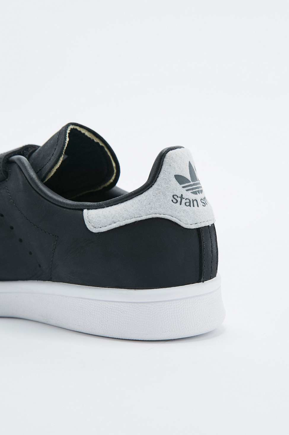 adidas velcro trainers black