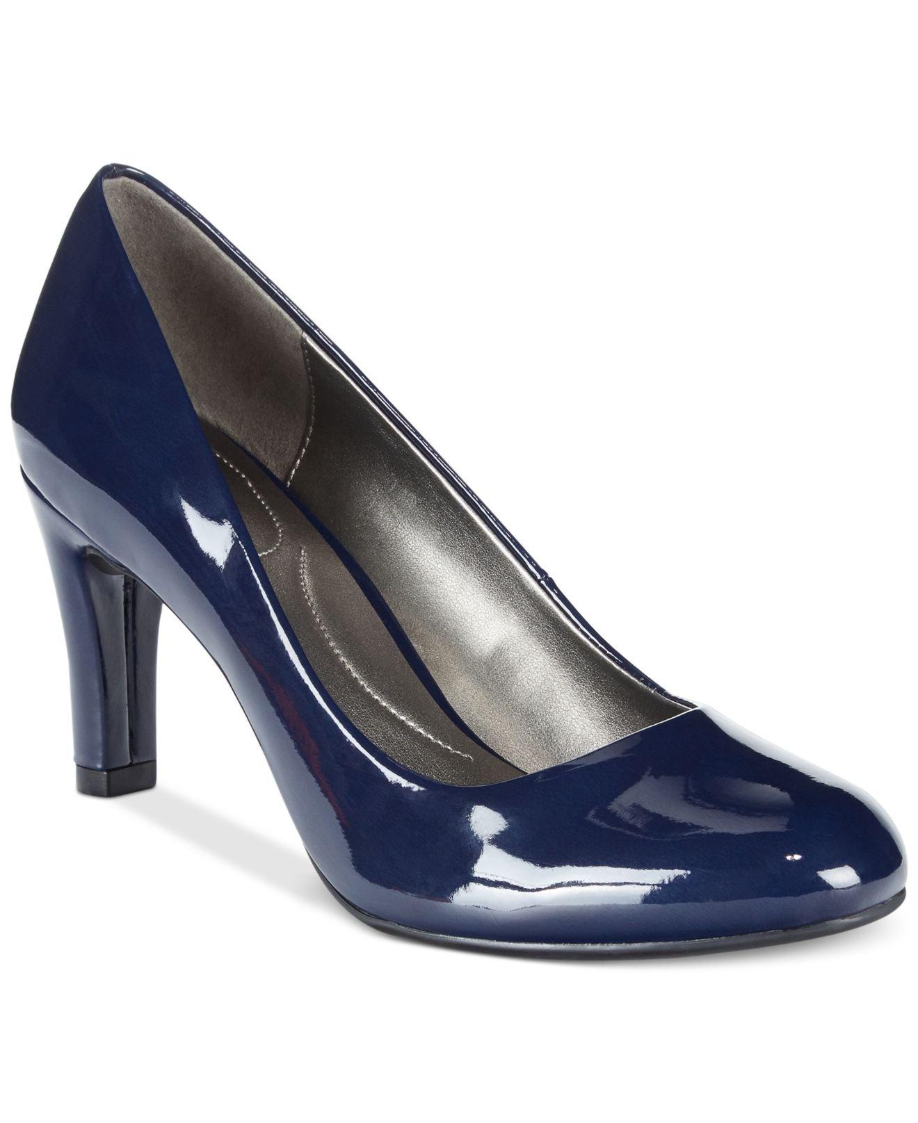 5b617464741 Lyst - Bandolino Lantana Pumps in Blue