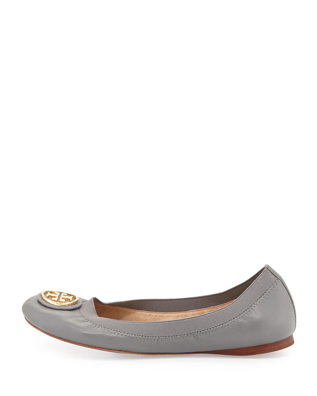 e8e68a063f18 Lyst - Tory Burch Caroline Leather Ballerina Flat in Gray
