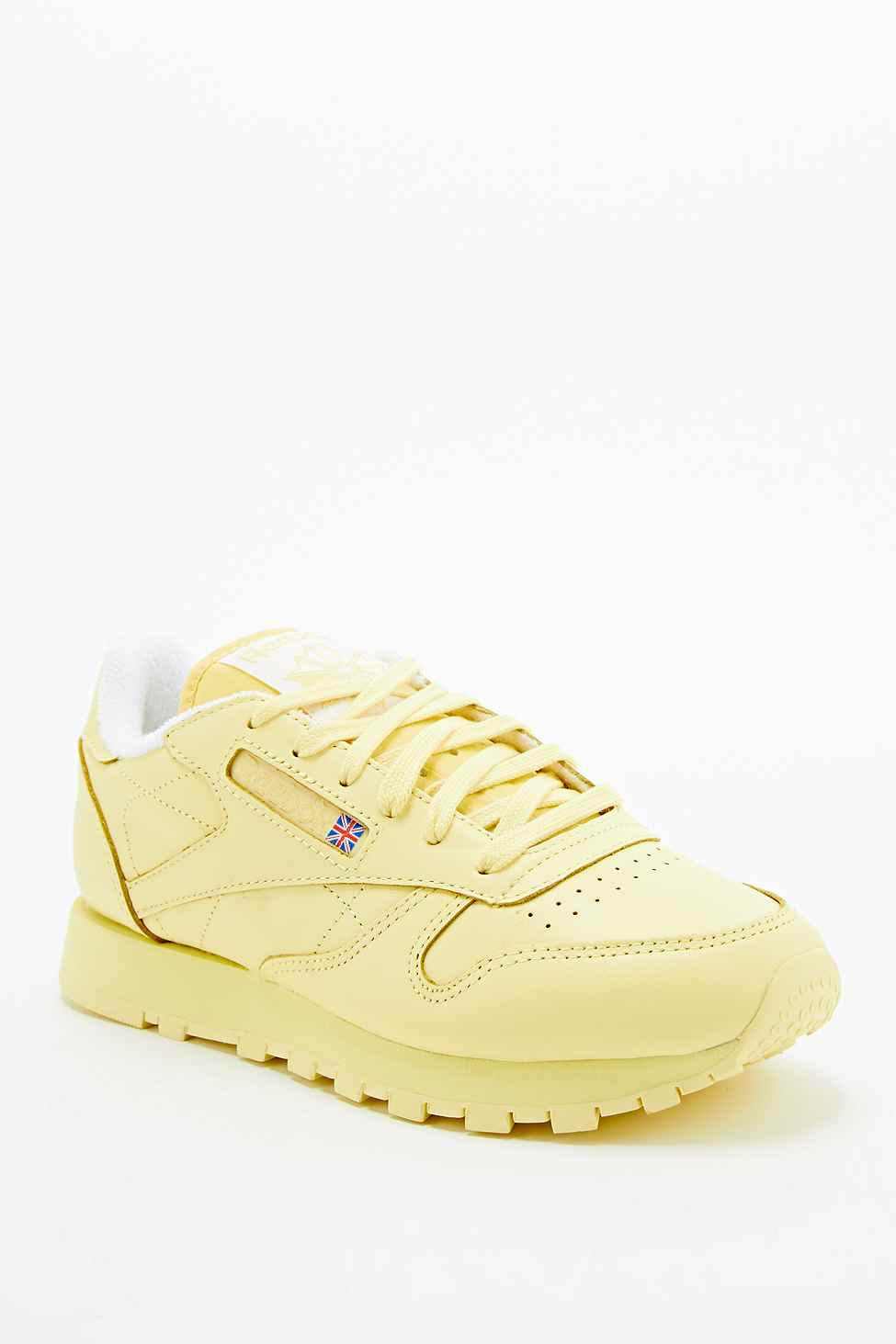 reebok classic leather trainers in yellow in yellow lyst rh lyst co uk