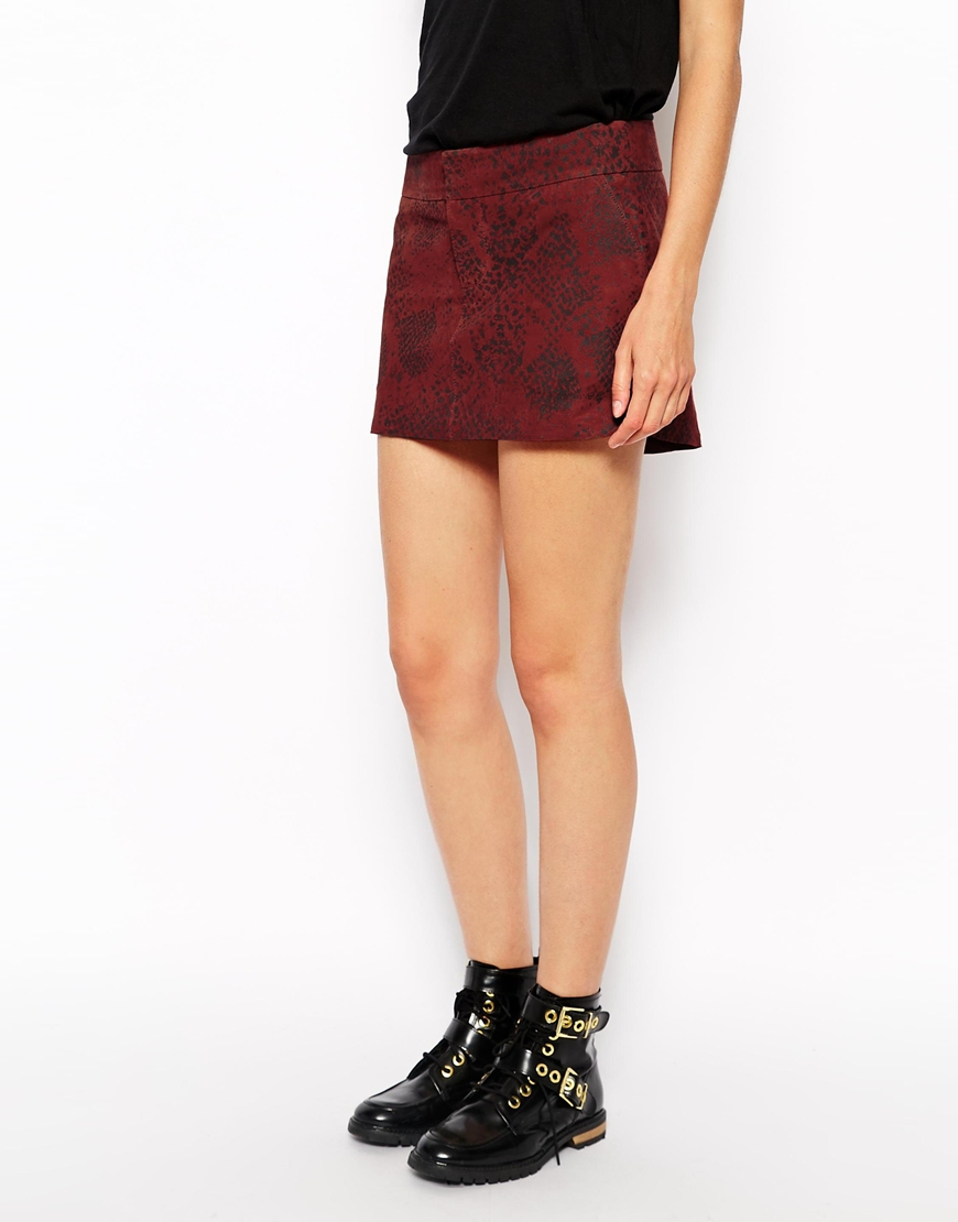 Ganni Suede Mini Skirt in Red | Lyst